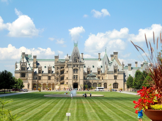 Biltmore was created by a less-rich member of the Vanderbilt family