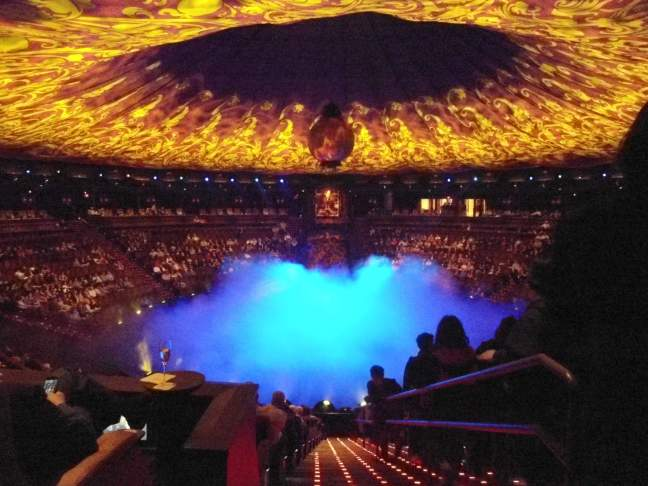 Cirque du Soleil - La Rêve - The pool steams before the show at the Wynn, Las Vegas