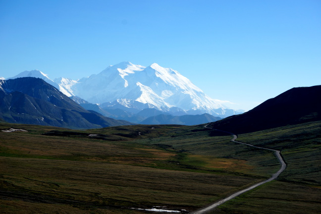 We're so lucky - a clear view of Denali's two peaks