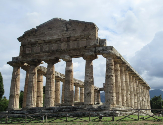 Greek ruins, Paestum