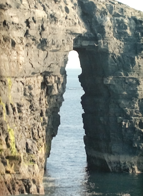 Rock arch, Cliffs of Moher