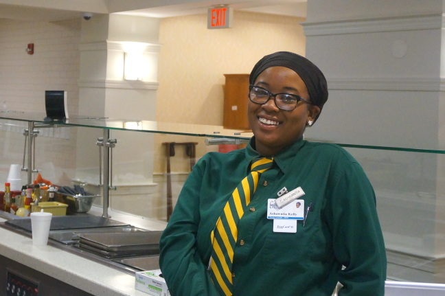 Ashawntia Kelly, just one of the many cheerful servers at Croasdaile