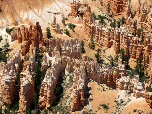 Hoodoos from frost action on fins of sandstone
